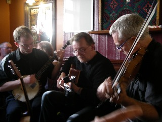 Rattle on the Stovepipe playing in Whitby